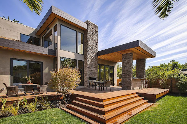 Modern backyard terrace in the Contemporary Style Home in Burlingame