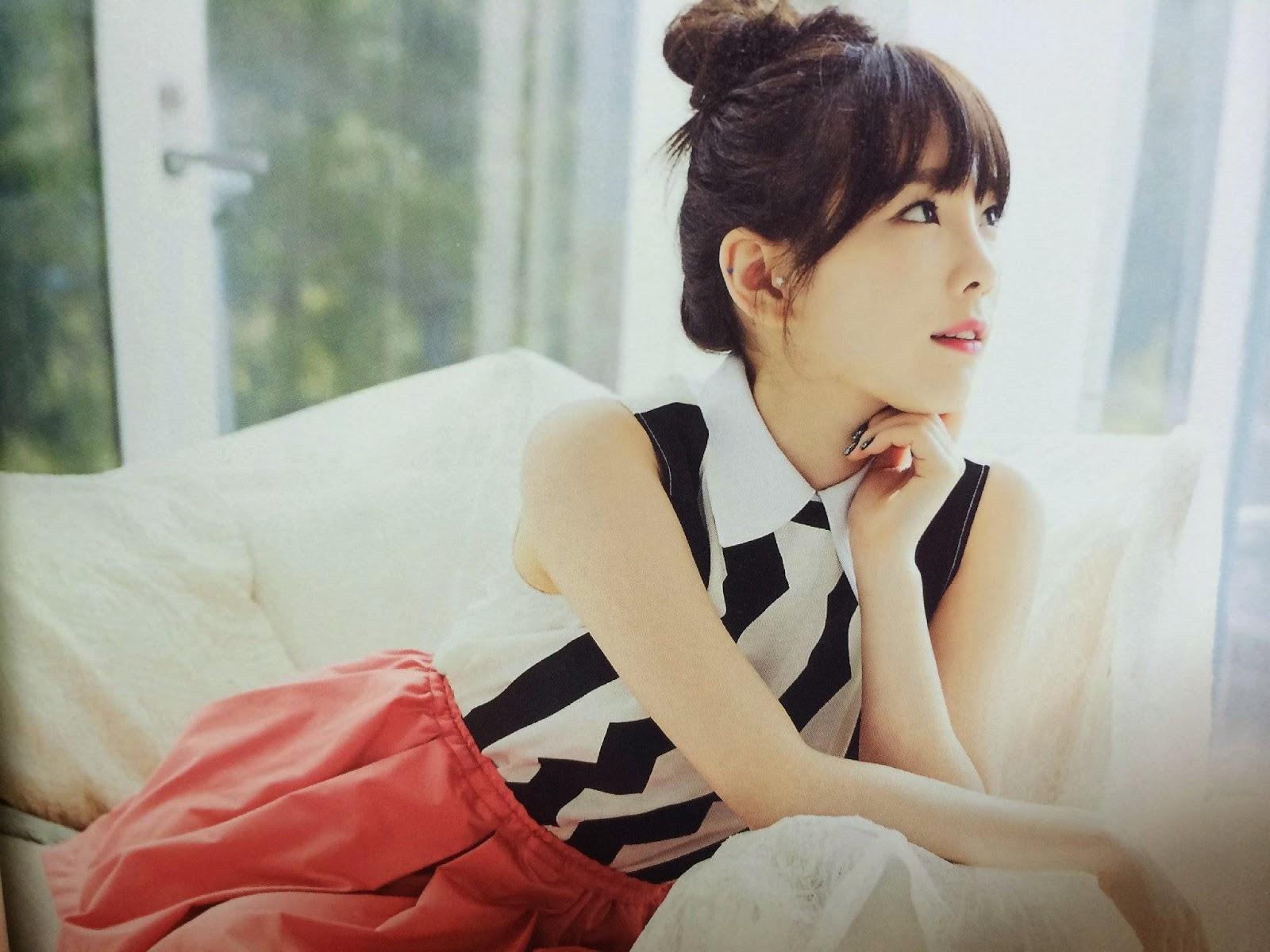 SNSD Taeyeon (태연; テヨン) Girls Generation The Best Scan Photos 6