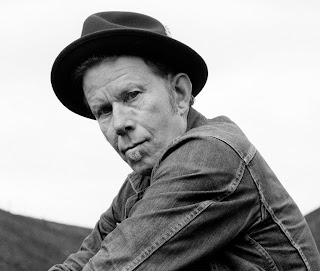 tom waits wallpaper