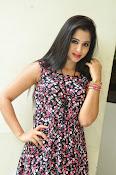 Swathi Dixit Glamorous photo shoot stills-thumbnail-9