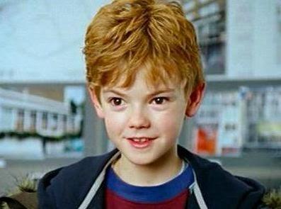 Thomas Brodie-Sangster dans Love Actually, de Richard Curtis (2003) petit garçon amoureux newt labyrinthe
