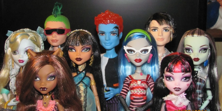 Monster High Gloom Beach Doll Assortment Get Ready For Ghoulish