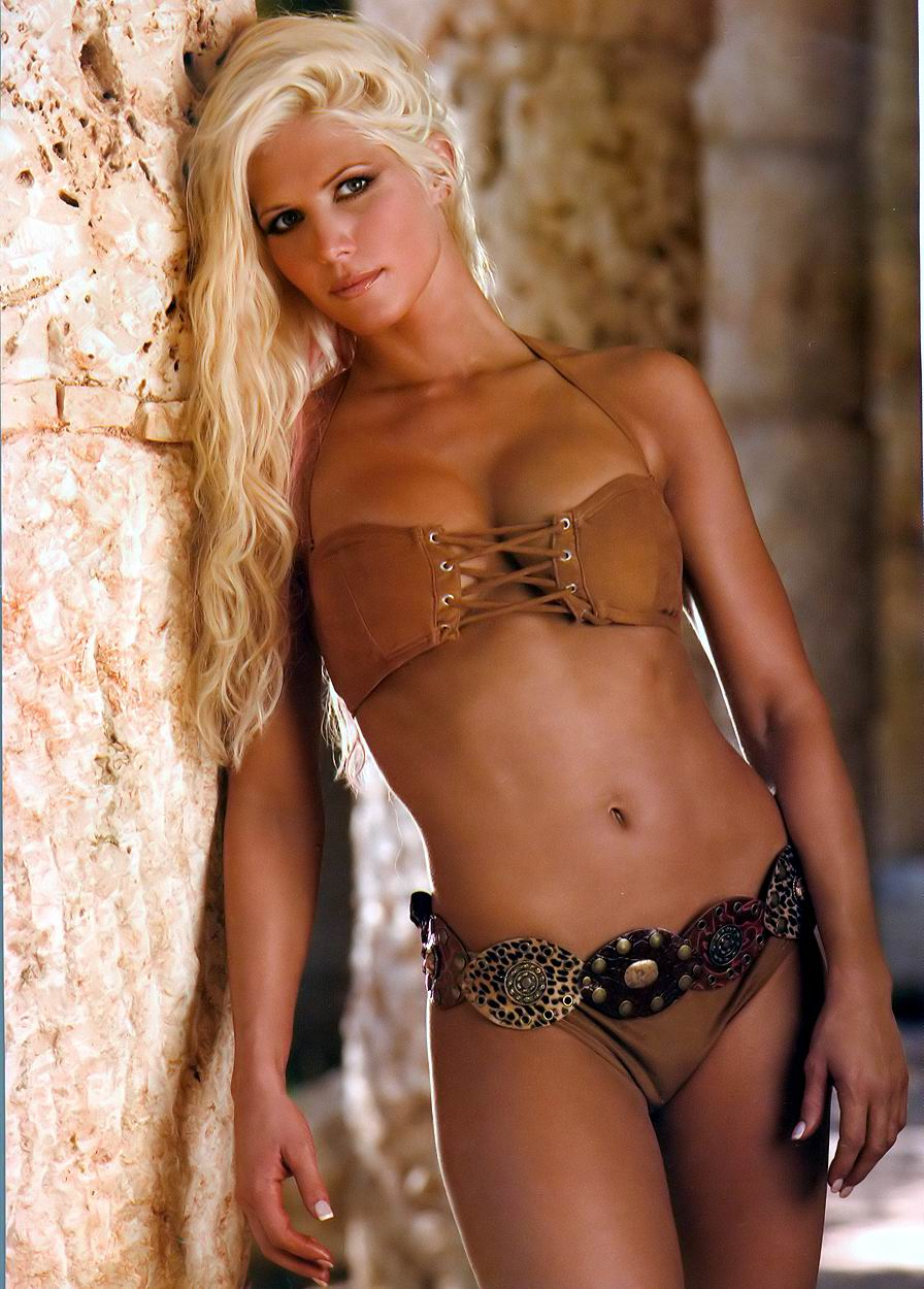 Wow shes wwe torrie wilson nude girl