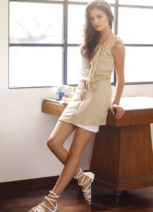 Irina Sharipova in Intimissimi Jersey advertising photoshoot