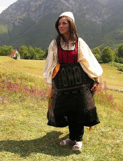 Xhubleta shqiptare dhe kultet pagane