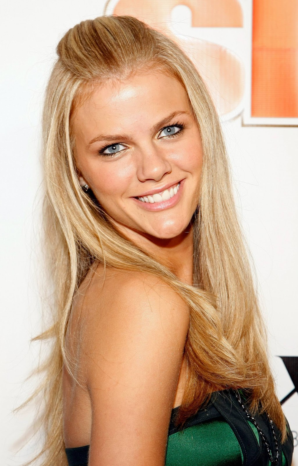 super model brooklyn decker full biography hot sexy