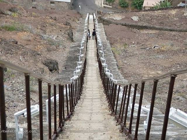 Longest Staircase In The World : The longest straight staircase in world