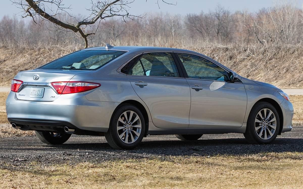 Toyota Camry - terceiro carro mais vendido nas Américas - 2014