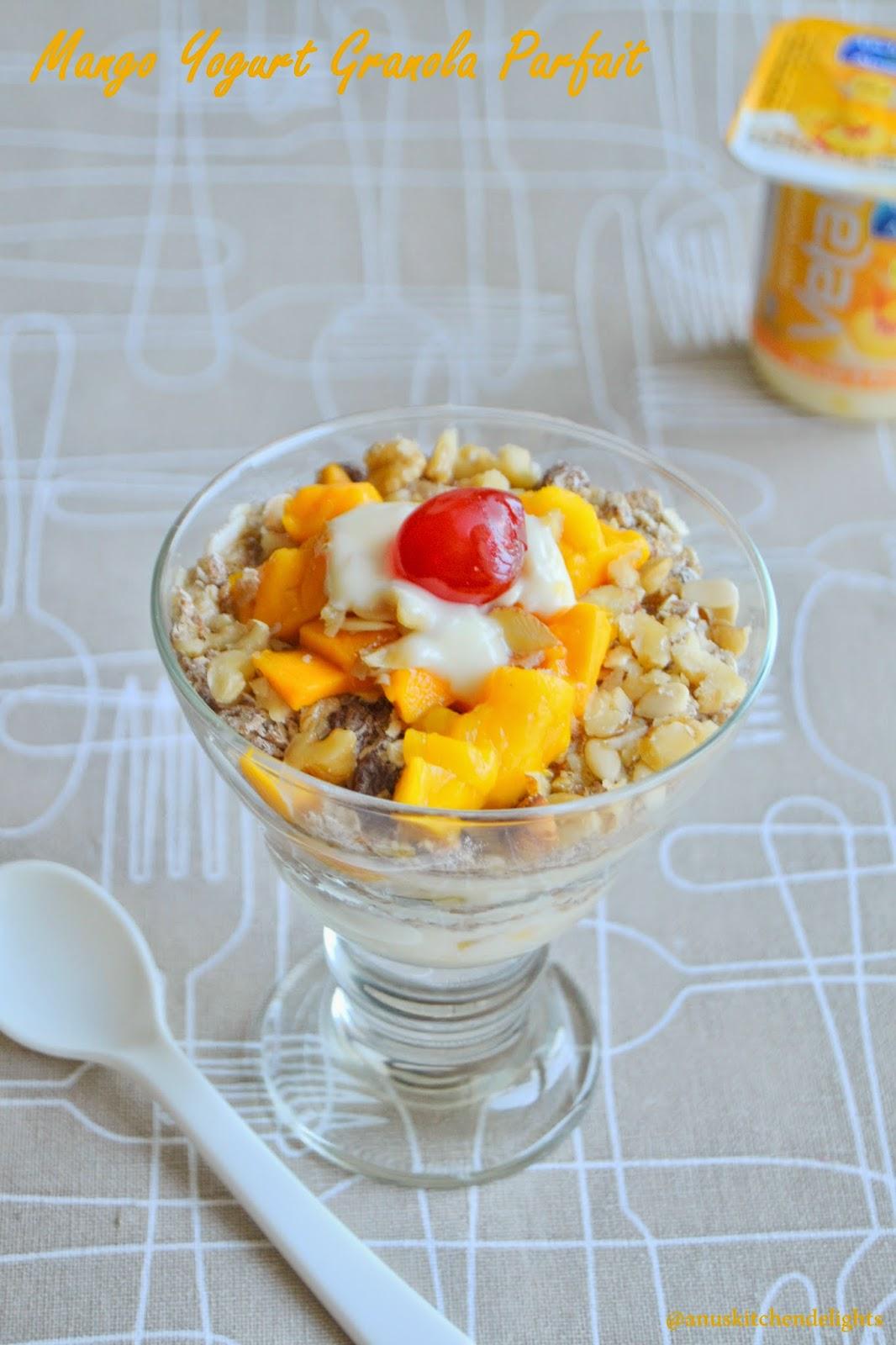 Fruit yogurt granola parfait