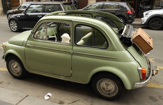 Lithia Santa Fe likewise Watch also 75 Advertisements Featuring Cute Children And Adorable Babies moreover Driven 2015 Volkswagen Gti Hot Hatchback Valedictorian Article 1 additionally My Favorite Picture From France. on fiat 500 clown
