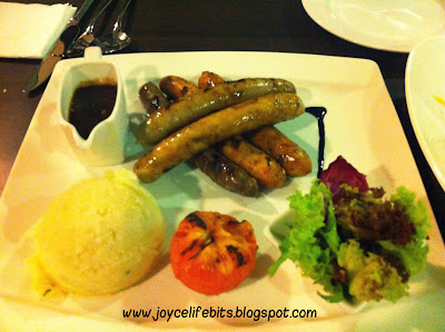 mixed sausages platter