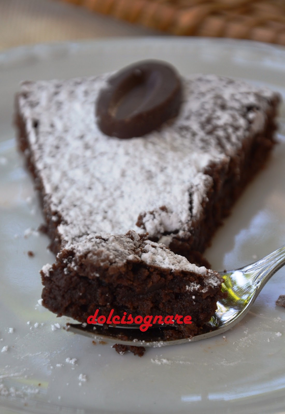 DOLCISOGNARE : Torta al cioccolato bassa, o \