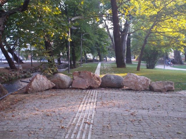 Πάρκο για βόλτα μετ' εμποδίων