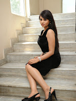 Actress Aarushi Glamorous Photos in Black-cover-photo
