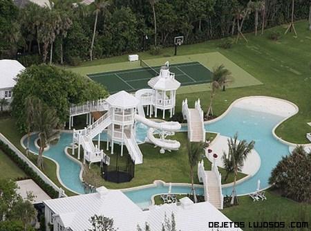 Casas fachadas fachadas de casas for Mansiones con piscina