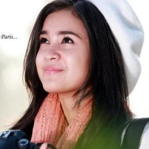 Foto Artis Cantik on Profil Biografi Artis  Profil Michelle Ziudith Love In Paris