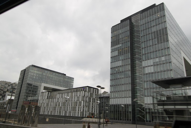 The building structure in glass can be seen in Cologne, Germany
