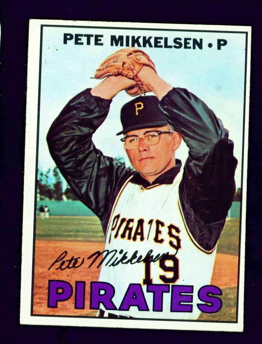 Pete Mikkelsen 1967 baseball card