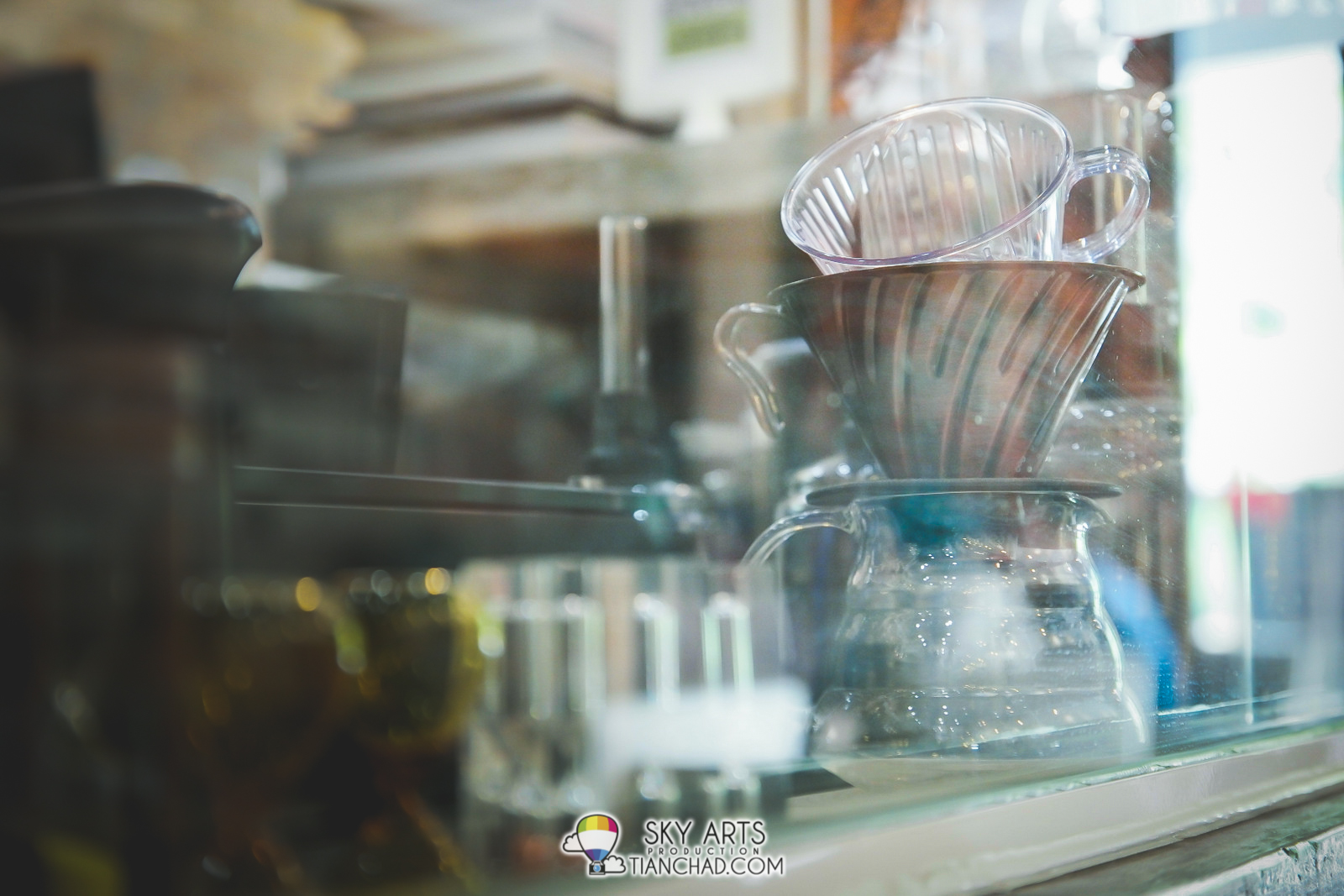 Coffee brewing tools at Tipsy Brew O'Coffee Setiawalk