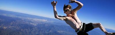 Banzai skydiving