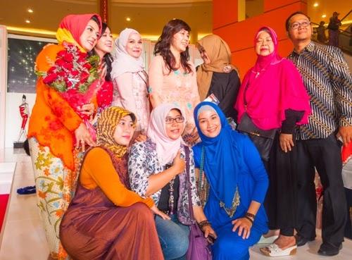 Foto lagi dengan Ibu Ahok JFFF-2014
