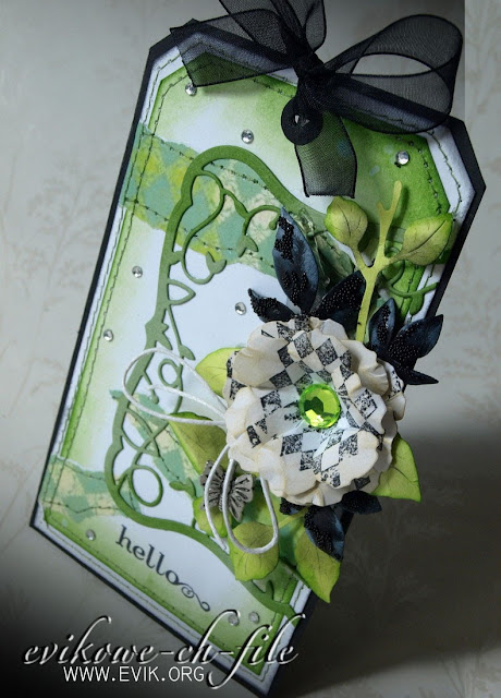 ELIZABETH CRAFT DESIGN - TRIPLE LEAF SET, Memory box Twirling Vine Frame