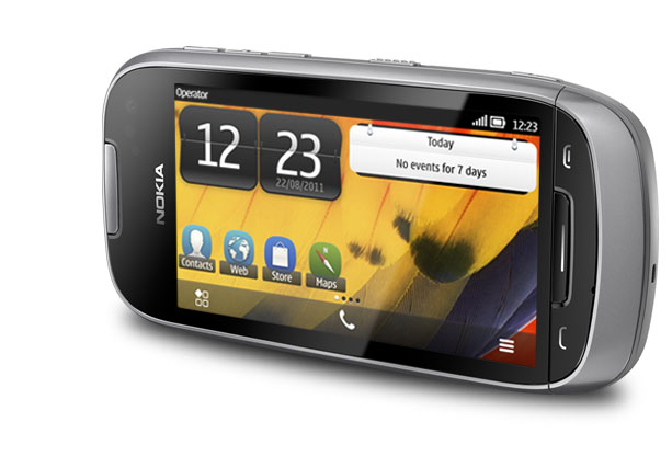 Nokia 701 Smartphone Price in India, 3.5 inch display with Symbian