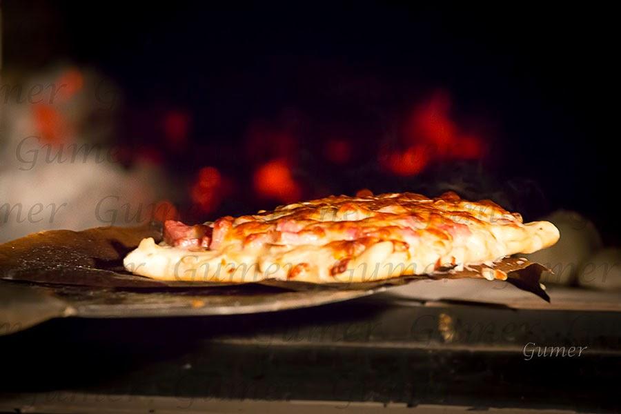 Cocina gumer pizza casera for Pala horno pizza