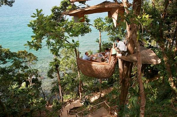 Thailand Restaurant on the Tree's Nest_myclipta