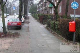 "Alsterkrugchaussee - ehemaliger ""Radweg"""