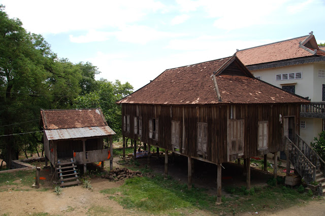 Découverte : la pagode de Phnom Pros