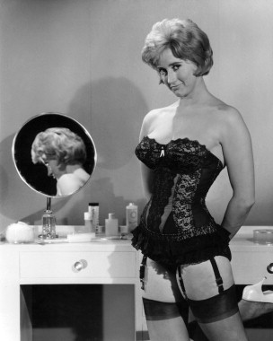 Sid's Place: Sid's Co-Stars - Liz Fraser