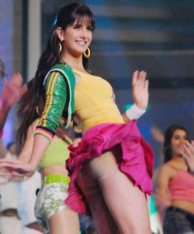Katrina Kaif Filmfare Preformance