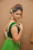 Shilpa Chakravarthy Glam pics-thumbnail-14