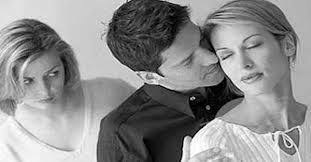 10 Ciri-ciri suami selingkuh