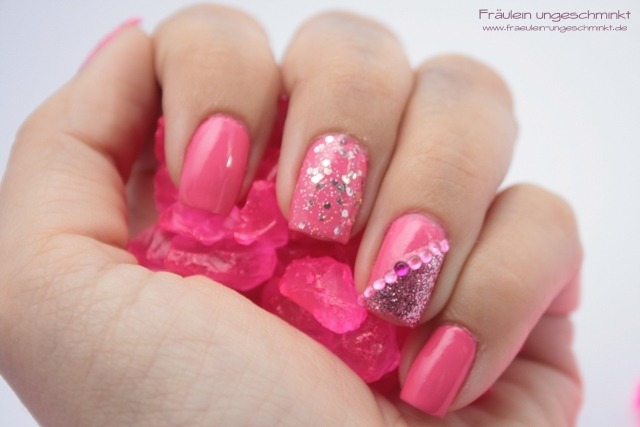 31 Days Nail Art Challenge - Thema Pink
