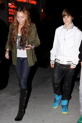 Justin Bieber  Miley Cyrus on Justin Bieber Y Miley Cyrus Disputan Puesto Como Artista Juvenil Mejor