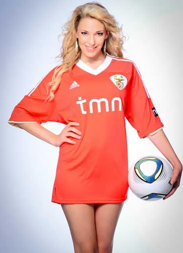 Soraia Pereira nua - a Miss Fanática Record Agosto 2012