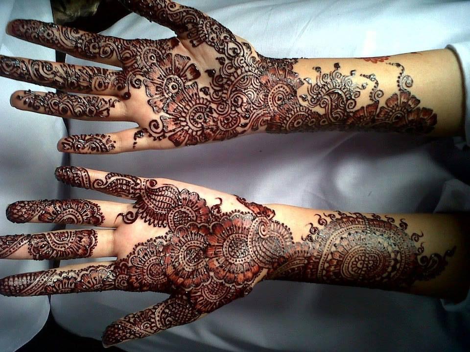 Mehndi Download : Bridal mehndi designs professional