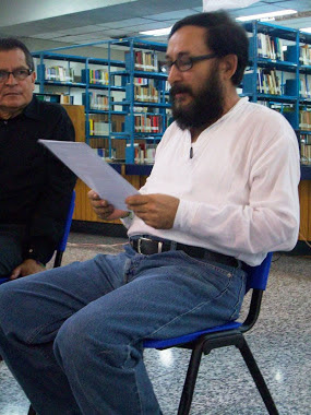 ANDRÉ CRUCHAGA-LECTURA EN BIBLIOTECA NACIONAL