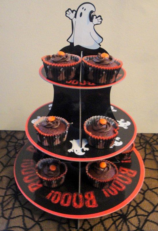 Sainsburys Cupcake Decorations : Grocery Gems: Betty Crocker Red Velvet Cake Mix ...