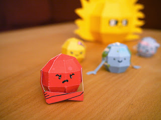Super Punch Cute Solar System Papercraft Set