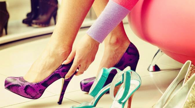 Tips n Trik  Gunakan 'High Heels' agar Kaki Tetap Sehat