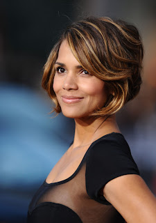 Halle Berry Chin Length Bob Hairstyle with Highlights