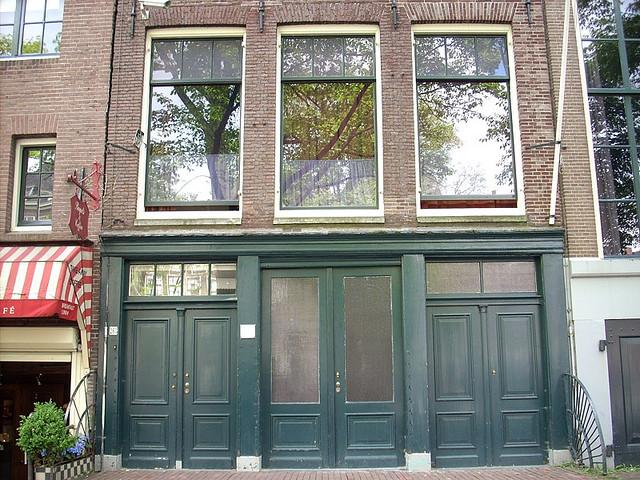 منزل الكاتبة أنا فرانك التي روت عنه في كتبها أثناء رحلة هروبها