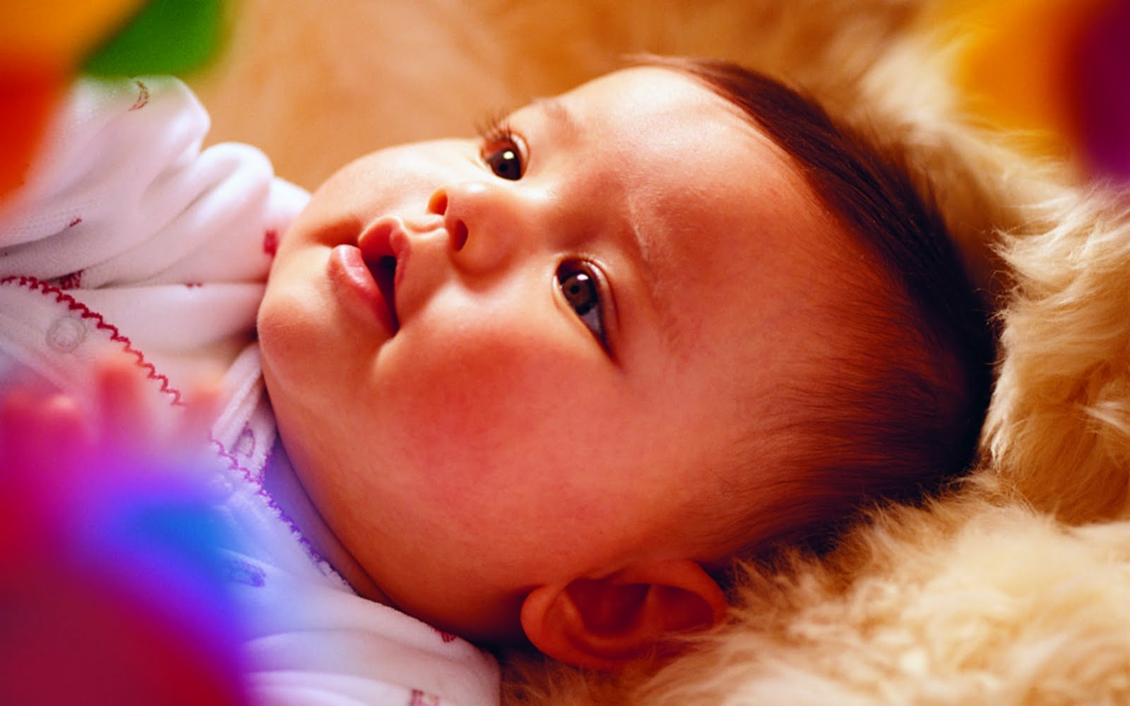 http://3.bp.blogspot.com/-q_dfYmIu-og/Tfo7DF5vkiI/AAAAAAAACoI/TF5wCZLAgkk/s1600/cute_baby.jpg