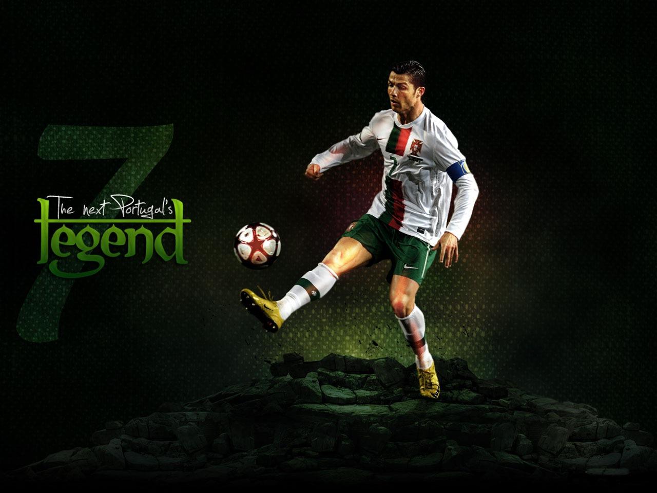 http://3.bp.blogspot.com/-qa0pOPRaPuA/UDcTiz2DrNI/AAAAAAAAAg0/294Tl_5Y2z8/s1600/Cristiano+Ronaldo+HD+Wallpapers+2012-2013+101.jpg