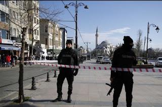 «Kαμικάζι» του Ισλαμικού Χαλιφάτου «κινήθηκαν πλέον δυτικά και έφτασαν κοντά στα ελληνικά σύνορα». Η Κωνσταντινούπολη ανησυχεί την ΕΛ.ΑΣ.