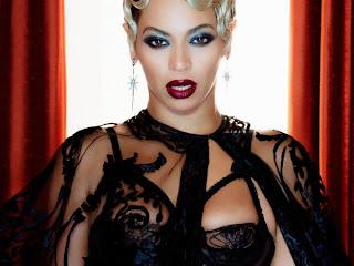Beyoncé lança 'álbum visual' por Ronald Villardo