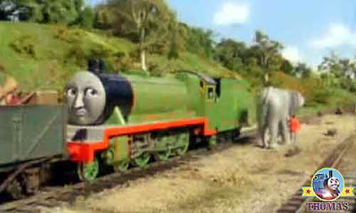 Thomas and friends number 3 Henry the train giant elephant pushed me colossal elephant rammed me